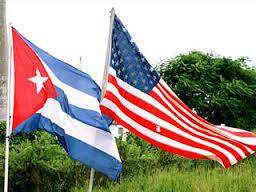 Cubanos no piden asilo en USA, esperan la residencia al 'año y un día'