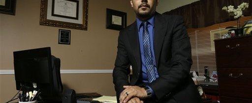 Inmigrante mexicano ahora abogado quiere inspirar a otros