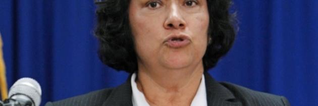 Una latina, al frente de la Oficina de Inmigración de USA