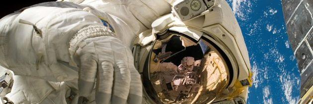 El médico latino que cuida los cerebros de los astronautas en la NASA