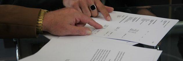 El 25% de los contratos de Gobierno estatal, federal o local deben ser asignados a minorías (ej: hispanos)
